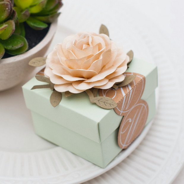 Handmade Flower Wedding Favour Box Treat